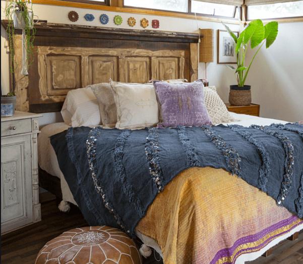 decoración de habitaciones con mantas Handira de Marruecos