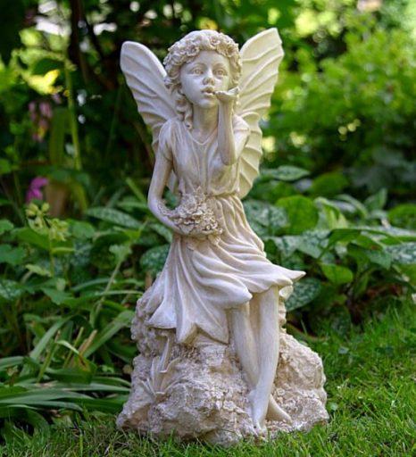 escultura-jardín-hada
