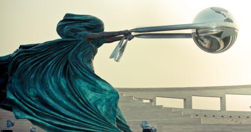 Fuerza-de-la-Naturaleza-escultura