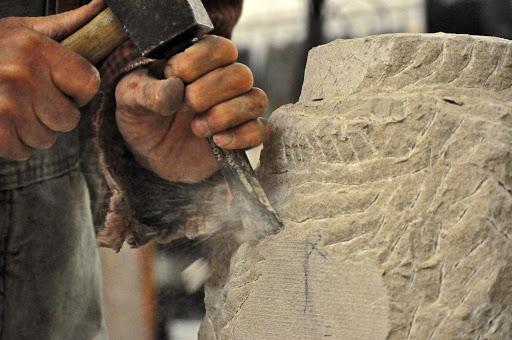 esculpiendo-en-piedra
