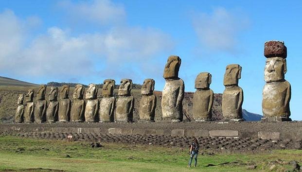moai-estatua